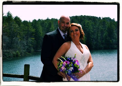 Elopements in Georgia at a lakefront location